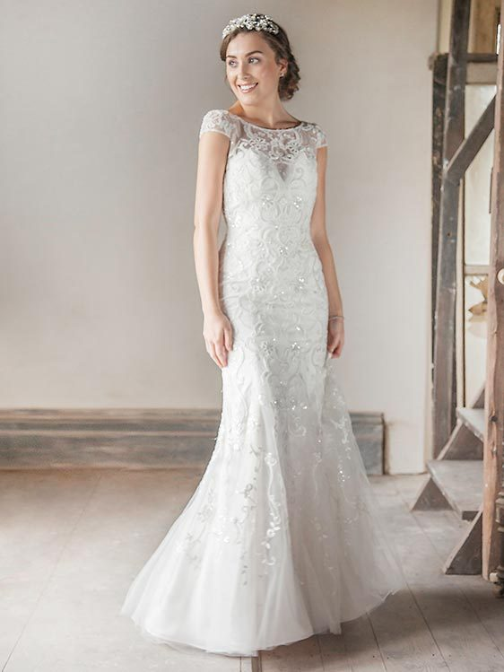 Benjamin Roberts 2617 Ivory/Soft Pink WAS £1195, NOW £595 Size 12-14 ...