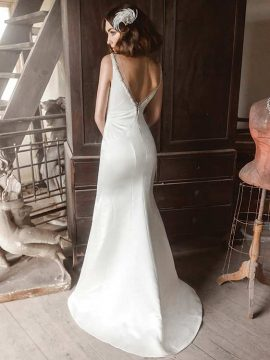 Benjamin Roberts 2621 Ivory WAS £895, NOW £395 Size 12-14