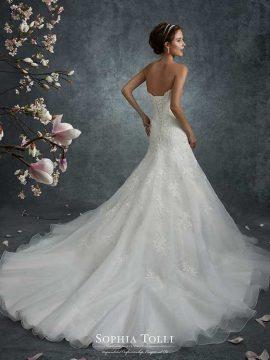 Sophia Tolli Y21741