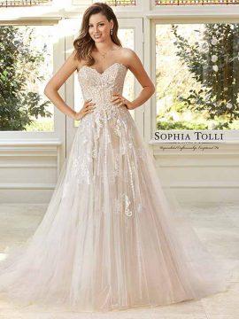 Sophia Tolli Y11949